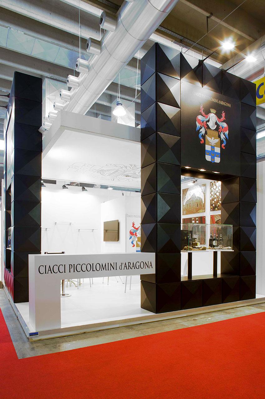 Publistand, allestimenti fieristici e stand a Bologna | Cliente Aragona 3