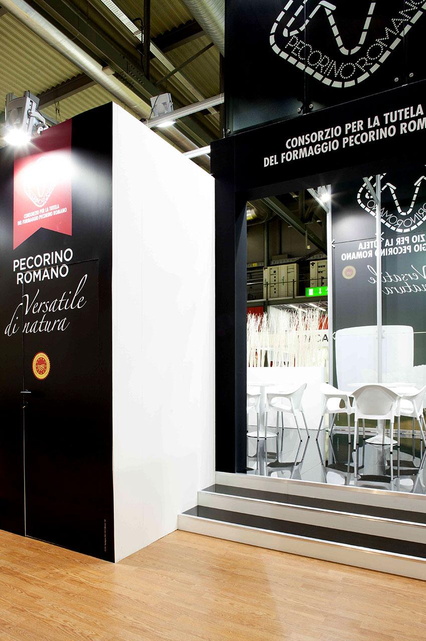 Publistand, allestimenti fieristici e stand a Bologna | Cliente Pecorino Romano 4